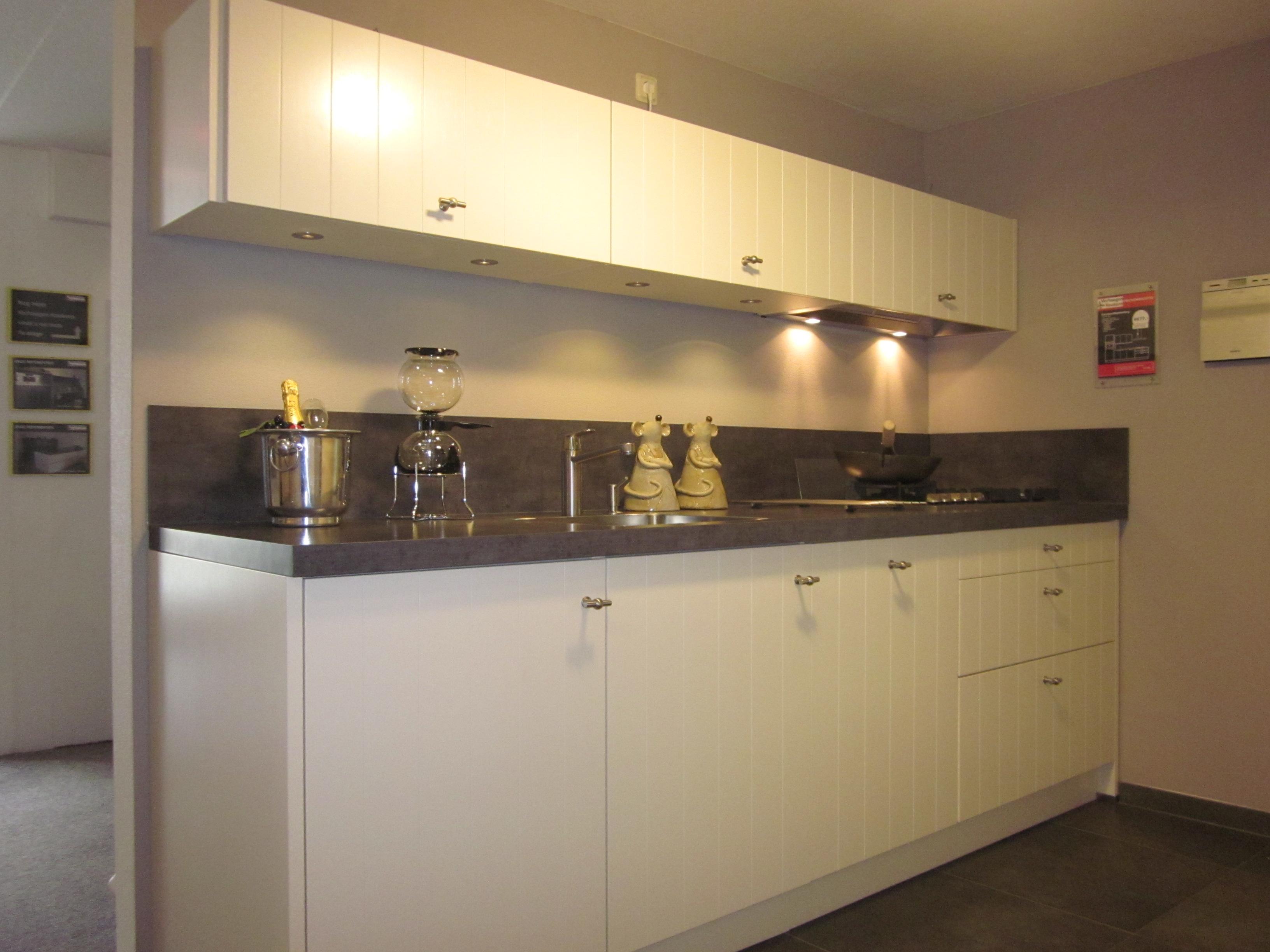 Keuken Wandkast 10 : Aanbiedingen verhaegen keukens
